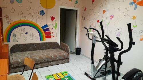 multifunkciós szoba (pszichológus, logopédus, mozgásfejlesztő)